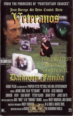 Darkroom Familia - Veteranos